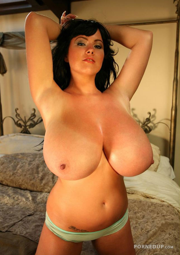 Huge tits natural