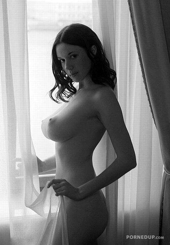 фото порно amelie