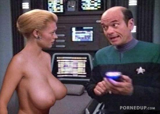 Big 2123 girl boobs video