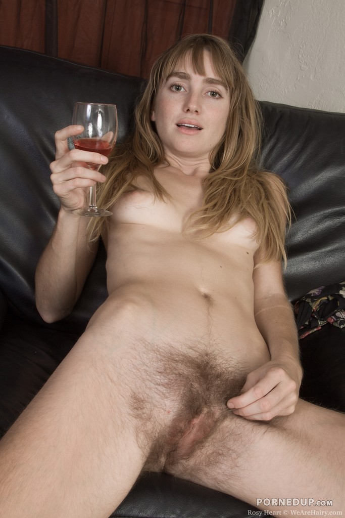 milf nude hairy pussy