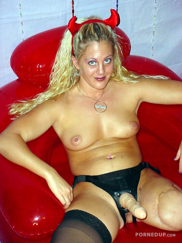 Clubland hardcore xtreme sexy nude amputee