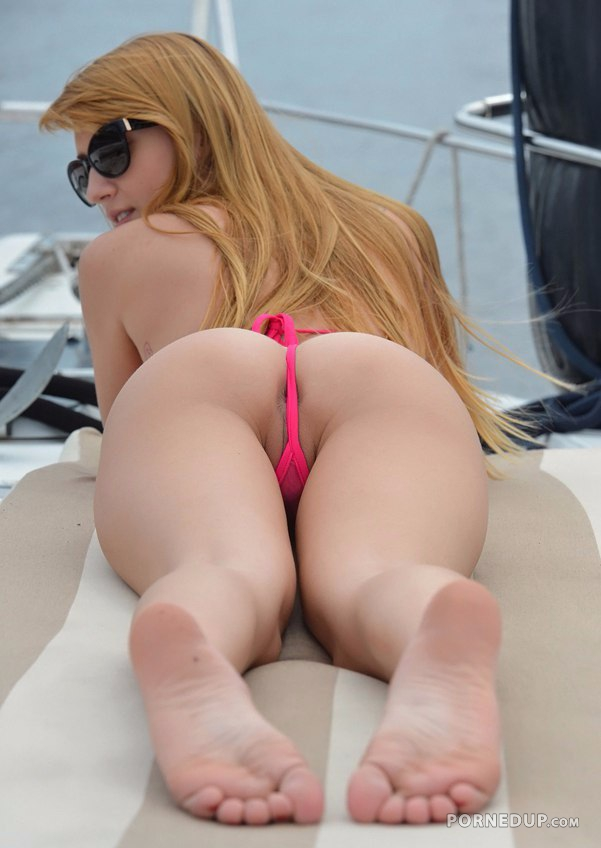 Bikini Thong Is Too Thin To Cover Butthole - Porned Up-7196