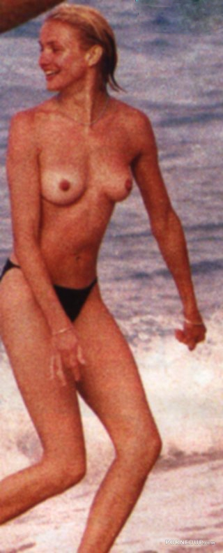 Cameron Diaz Topless On The Beach - Porned Up-2423