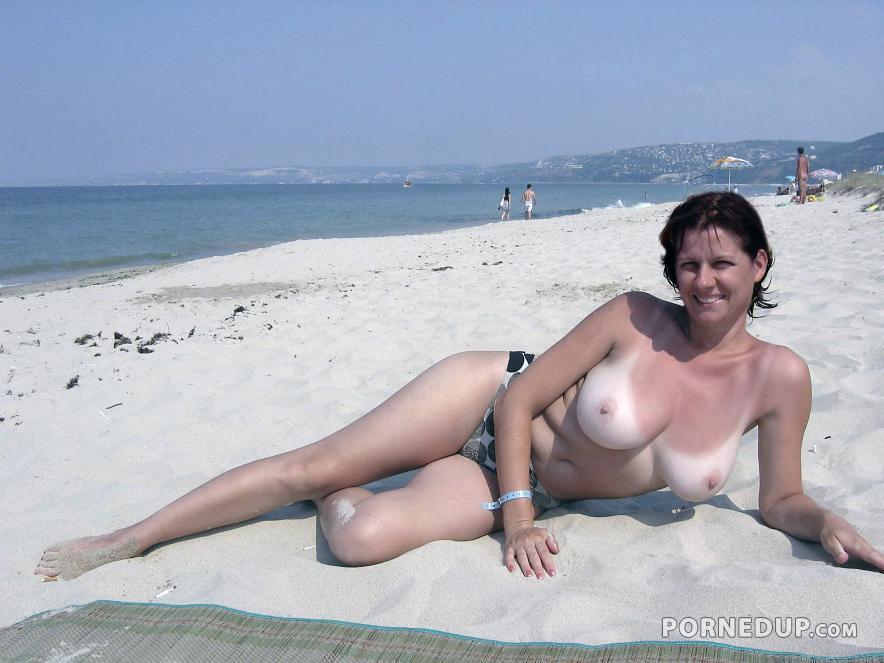 real amateur mom big tits