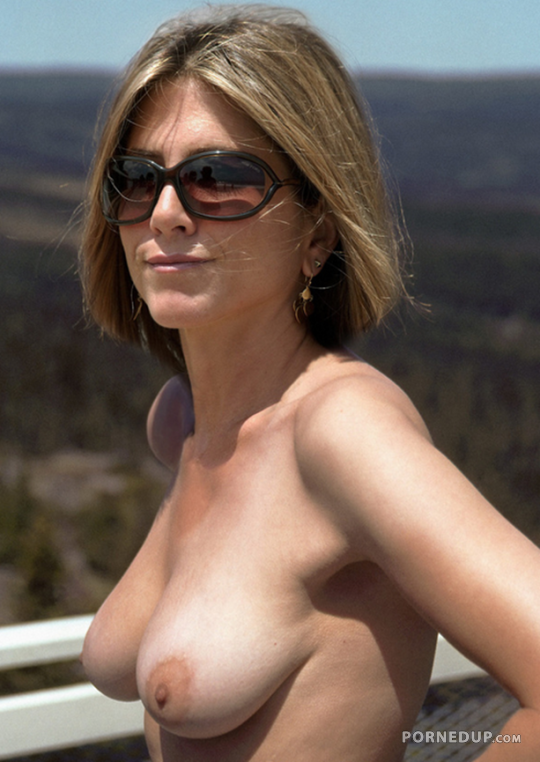 Jennifer aniston naked young topic simply