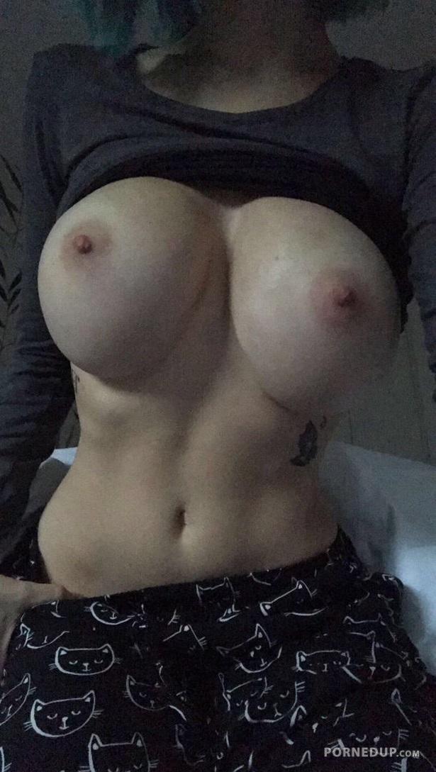 Amateur tits pics