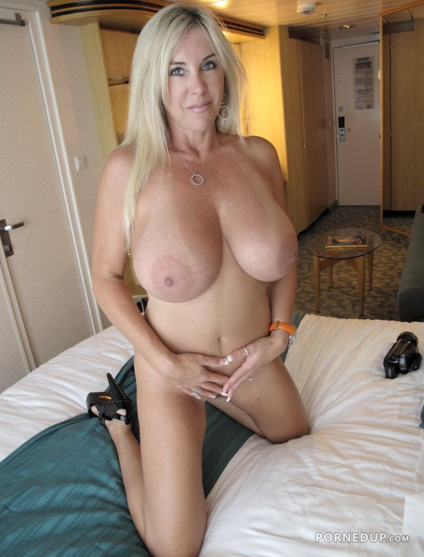 Milf with big tits have