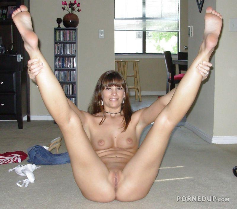 Milf legs up