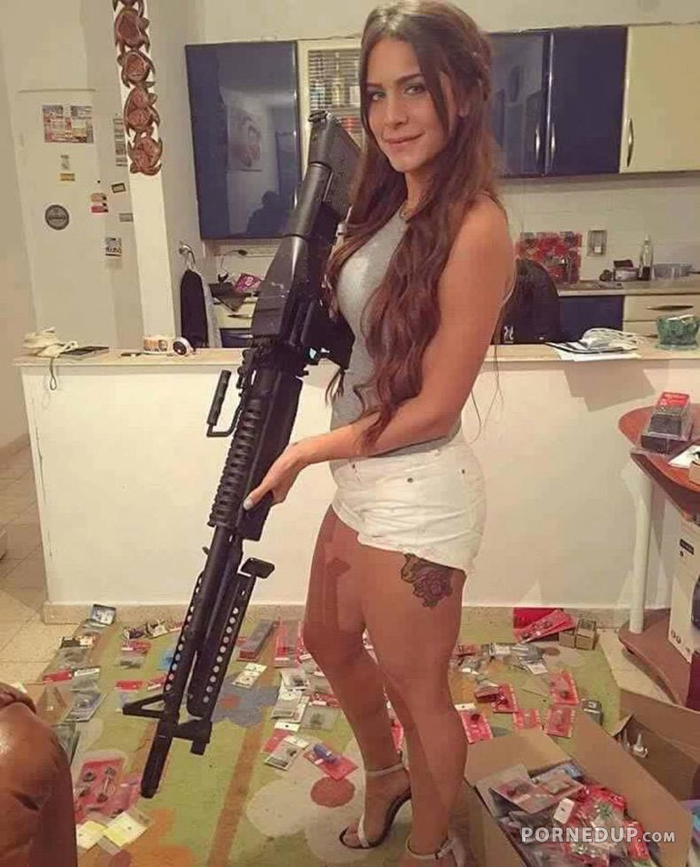 Chick With Big Gun