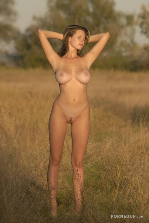 Apologise, Perfect busty nude babes final
