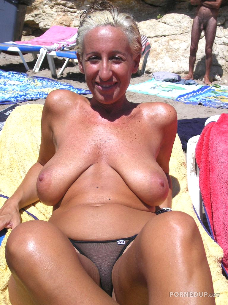 Saggy Tits On Beach - Porned Up-1082