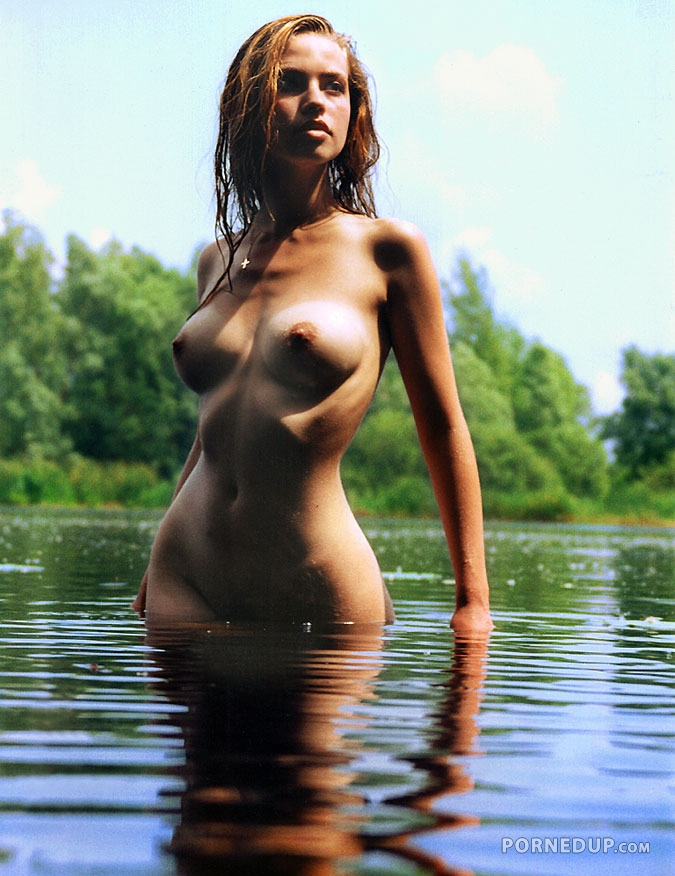 naked girls in water