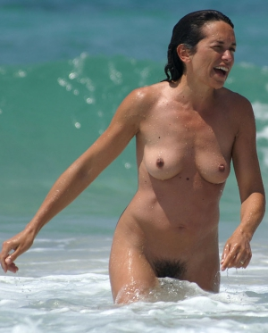 Hairy Milf Caught in Sea