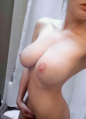 nice big natural tits