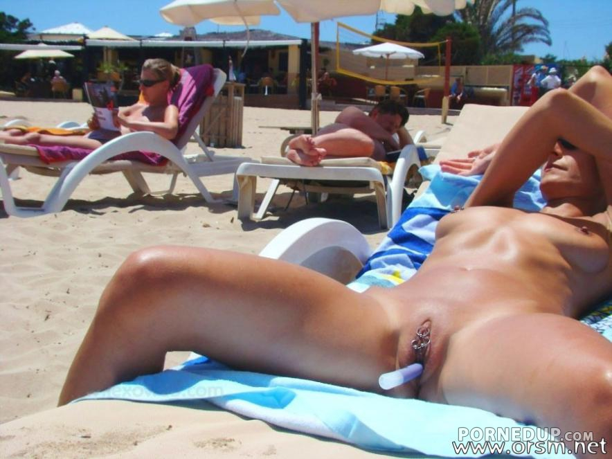 Woman Playing With Vibrator At Nudist Beach - Porned Up-6776